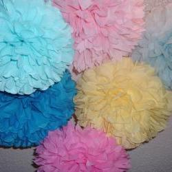 Birthay decorations. 7 tissue paper poms